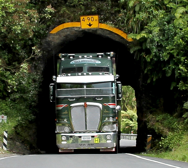 Awakino Tunnel 3