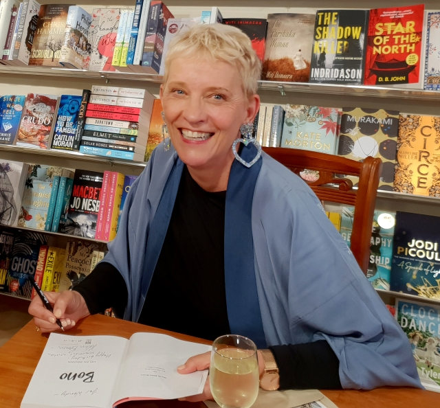 HB signs books at Poppies NP Oct 25 2018